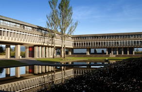 Simon-Fraser-University-Beedie-School-of-Business-Aboriginal-615x400.png